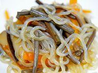 干しワラビの煮物