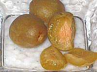 カリカリ梅 (卵の殻)