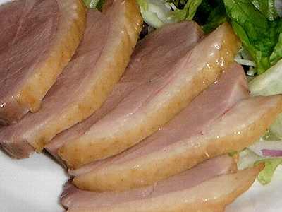 鴨の胸肉の燻製