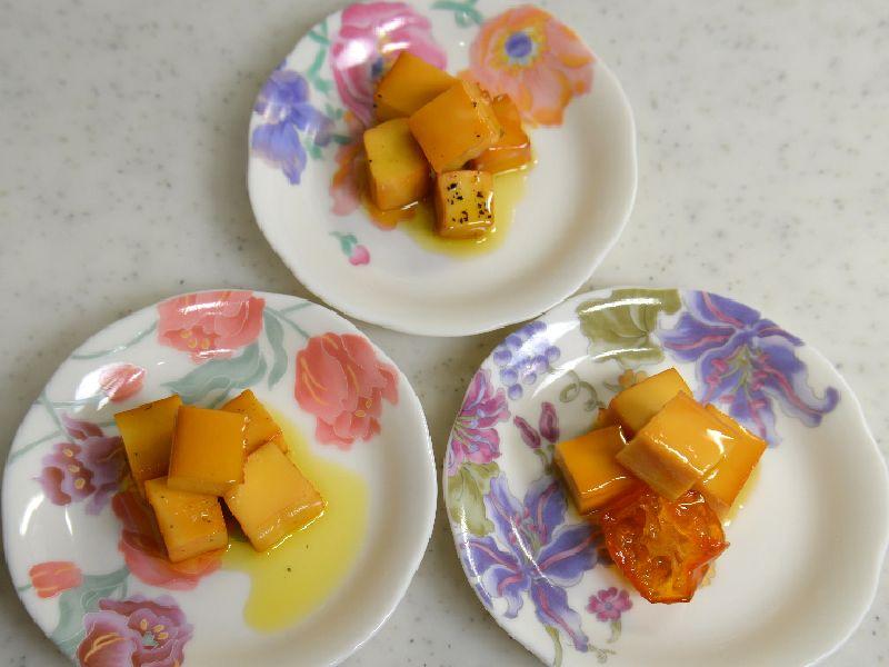 スモークチーズのオリーブオイル漬け