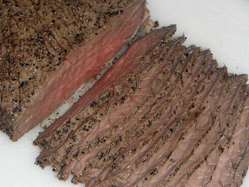 牛もも肉の塩釜焼き