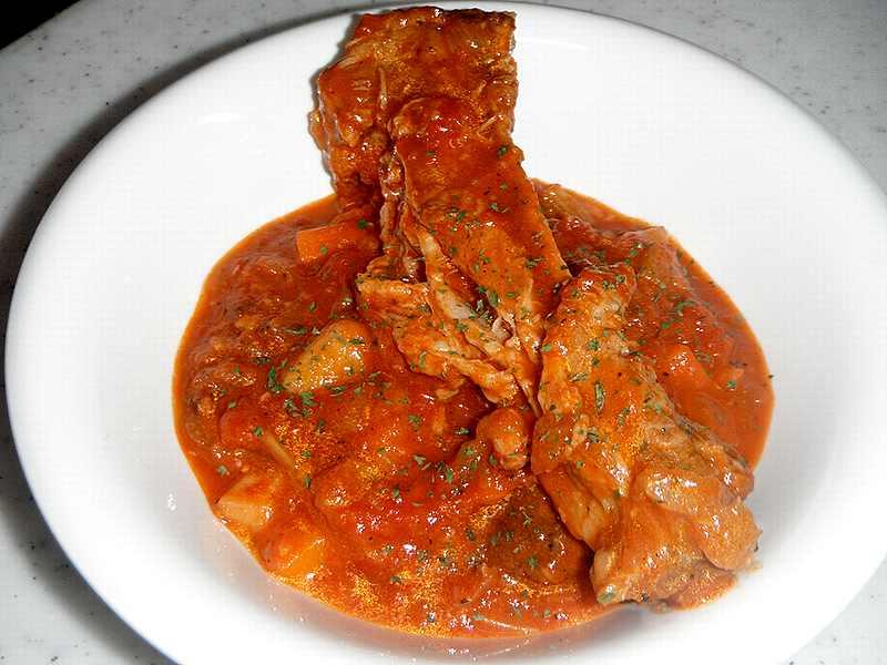 豚スペアリブのトマト煮