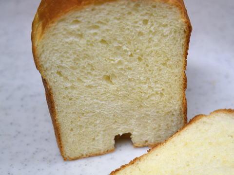 デュラム・セモリナ粉パン