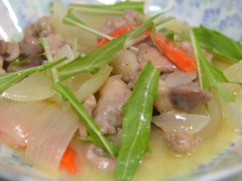 ウサギ肉の白ワイン煮
