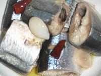 秋刀魚のオリーブオイル煮