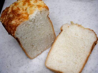 とろけるチーズパン