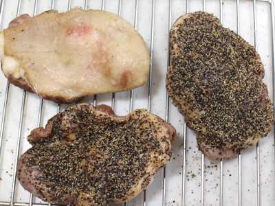 鴨モモ肉のパストラミの燻製