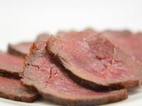成形馬肉の燻製