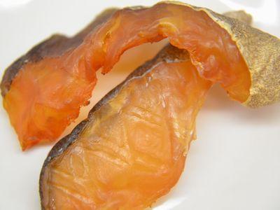 タラの切り身粕漬の冷燻製