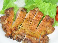 鶏もも肉をダッチオーブンで熱燻製