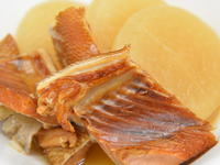燻製新巻鮭の煮物