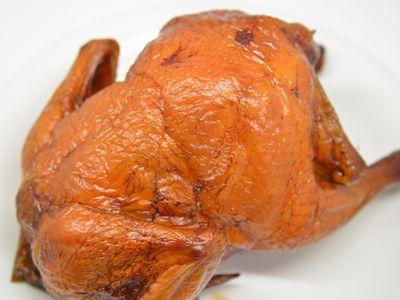 丸鶏のいぶし焼き