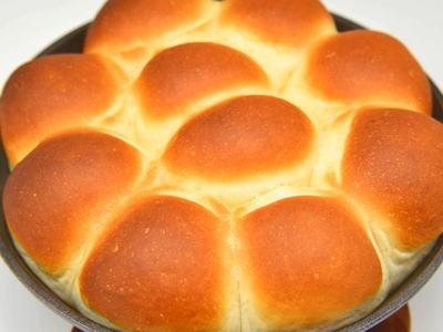 スキレットでちぎりパン