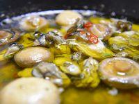 スキレットで牡蠣のアヒージョ