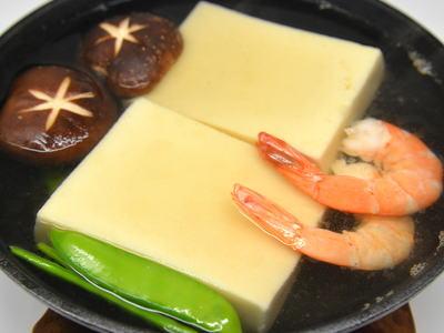 スキレットでふわふわ高野豆腐