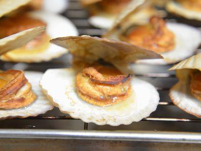 帆立稚貝(ベビーホタテ)の燻製