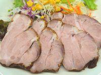 豚肩ロース肉をダッチオーブンで燻製ロースト