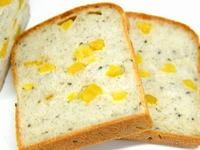 サツマイモ食パン