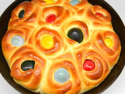 イースターのゆでの卵パン