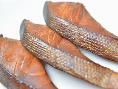 塩鮭の燻製