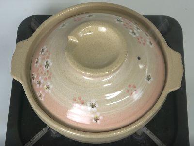 燻製に使用した土鍋とカセットコンロ