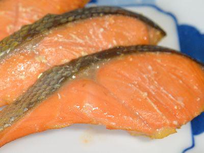 IHで燻した鮭の燻製